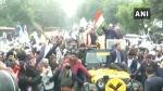 ఢిల్లీలో నామినేషన్ దాఖలు చేయడానికి మహీంద్రా థార్ ని ఉపయోగించిన అరవింద్ కేజ్రీవాల్!
