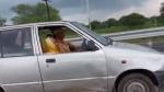 డ్రైవింగ్ చేస్తూ అదరగ్గొడుతున్న 90 ఏళ్ల బామ్మ [వీడియో].. ముఖ్యమంత్రి సైతం ఫిదా