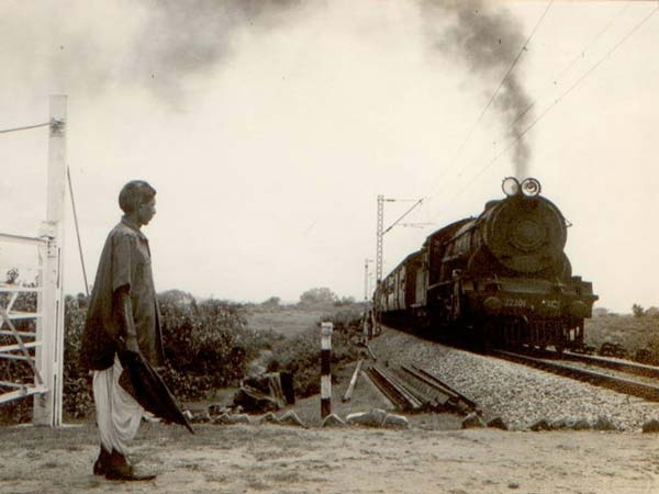 170 ఏళ్ల చరిత్ర కలిగిన ఇండియన్ రైల్వే గురించి ఆసక్తికరమైన విషయాలు