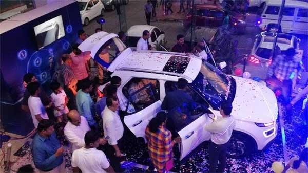 17000 మైలురాయిని దాటిన హ్యుందాయ్ వెన్యూ బుకింగ్స్....!