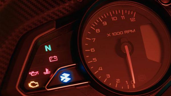 పల్సర్ RS 200 బైక్ కొత్త వీడియో రిలీజ్ చేసిన బజాజ్