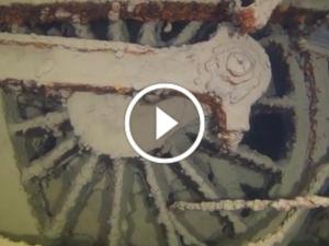 నది అడుగు భాగంలో లభ్యమైన 100 ఏళ్ల నాటి అవిరి రైలు