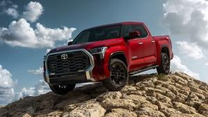 కొత్త 2022 Toyota Tundra పికప్ ట్రక్ ఆవిష్కరణ; Ford F150 కి గట్టి పోటీ!